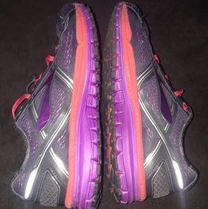 Brooks Ghost 8 Womens Running Shoes sz  11.5  B